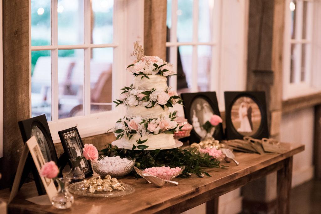 C&S - Summer Wedding at Stonefields - Ottawa Wedding Planner - 11